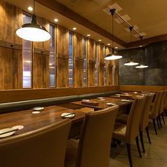 テーブル席も充実。2名~28名様のご宴会までご要望に応じてテーブルセットいたします。