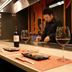 鉄板Diner JAKEN ジャケン 新宿店のおすすめポイント1