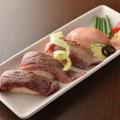 料理メニュー写真肉寿司(6貫)