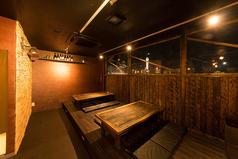 6名様テーブルが2つテーブルをつなげて最大14名様まで宴会可能なお座敷席