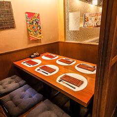 扉によって仕切られた完全個室!田町での飲み会や接待、合コンなど様々なご宴会にどうぞ♪