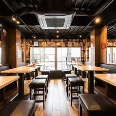 2階はこれまた開放的なテーブル席を豊富にご用意★貸切宴会も◎ 会社宴会、女子会、各種飲み会にどうぞ!!