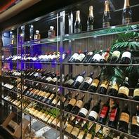ソムリエが進めるワインに酔いしれる夜…