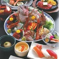 和食を中心に、鮮度にこだわったお料理をご提供します。