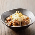「元祖・大阪どて焼き」など、串カツ以外にも本場大阪の味が堪能できるメニューがございます♪お酒にぴったりのおつまみも種類豊富です。