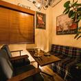 広々とゆったりお寛ぎいただけるソファー席もございます!飲み放題付貸切プランは3000円~となっております!