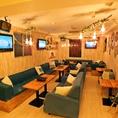 ◆全貸切(着席:20名~30名様・立食:20名~40名様)◆照明やプロジェクター、カラオケ機器など設備も満載の「YANEURA」でプライベートパーティー!立食なら最大40名様までご利用いただけます。