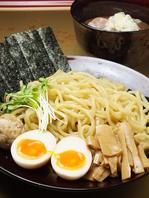 特製濃厚つけ麺(950円)