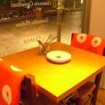 窓際席は記念日などの特別なディナーにオススメ!雰囲気を盛り上げます