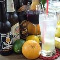 世界のビールをご用意しております!シメイレッド/エルディンガーヴァイスヘーフェ/ブラックアイルゴールデンアイ・ペールエール/ライオンスタウトなどご用意しております!自家製レモネードやサングリアも人気です!