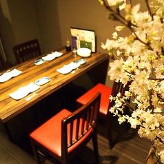 4名掛けのテーブル席が2卓ございます。