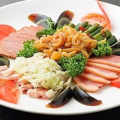 広東式豪華冷菜の盛り合わせ
