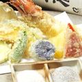 料理メニュー写真旬の天ぷら盛り合わせ