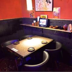 少人数でもOKなテーブル席は、繋げることもできますのでご人数お気軽にご連絡ください!