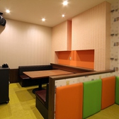 人気のキッズルーム。大人6名用のテーブル個室です。