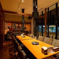 7~12名までの個室です。会社の飲み会にどうぞ♪イルミネーションも綺麗で開放的でおしゃれな空間です。