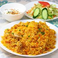 本格的なパキスタン料理をお楽しみください。