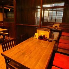 4名様テーブル席も6卓ご用意しておりますので、お気軽にご利用ください♪