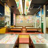餃子スーパー酒場 博多中洲店の雰囲気3