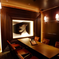 VIP ROOM 2:完全個室のお部屋をご用意。