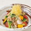 料理メニュー写真秋の豆腐サラダ
