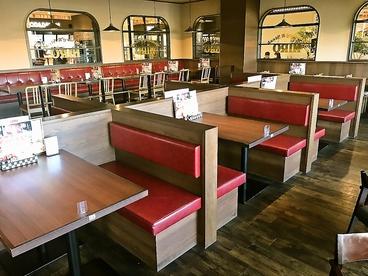 ハンバーグ&ステーキ HIRO テラッソ姫路店の雰囲気1