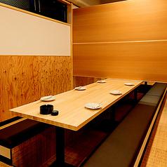 【6名様向け個室】 プライベート感満載の個室空間で…!