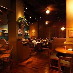 Aloha Table HAWAIIAN CAFE AND DINERの雰囲気1