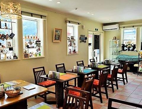 カフェレストラン キャロルのしっぽ