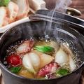 料理メニュー写真明石蛸とじゃがいものアヒージョ