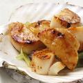 料理メニュー写真帆立のソテー ガーリックバター醤油
