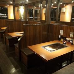 お好み焼きは ここやねん 近江八幡店の雰囲気1