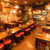 お席はテーブル席のみですが、人数によって対応致しますので、ぜひ一度お問い合わせ下さい☆異国情緒あふれる店内は、韓国に行った気分になれますよ♪店内のBGMももちろんK-POP!細部にまで韓国気分を楽しんで頂けます!