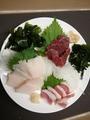 料理メニュー写真県産馬刺し三点盛り