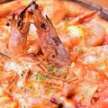 料理メニュー写真クワトロエビマッジ(4種のエビのピザ)