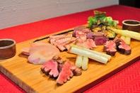 国産牛肉鉄板焼の肉盛り!(5500円~)