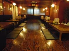 広いお座敷のお席は最大40名様までのご宴会が可能。ご家族連れにも人気のお席です。