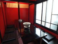 プライベート以外にも、接待にもご利用いただける個室席。