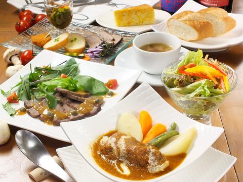 野菜ソムリエこだわりの料理やお酒が充実◇各種イベント・スペース利用も可能です♪