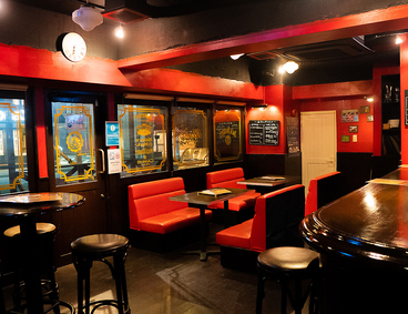 Public Bar パブリックバルの雰囲気1