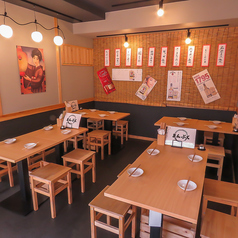食べ飲み放題 まんぷく 小倉駅前店の雰囲気1