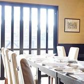 着席でレストランご利用の場合、60席ご用意しております。