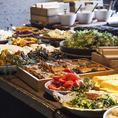 ヘルシー旬和食が常時約40種食べ放題のランチビュッフェ。好評につきご予約は3名様より承っております