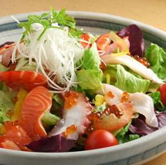 楽亭おまかせ海鮮サラダ