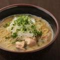 料理メニュー写真鶏ガラ醤油ラーメン (小/並)