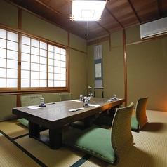 お座敷個室。テーブルと椅子のお席にも対応しております。お気軽にご相談下さい。