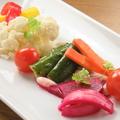 料理メニュー写真季節野菜の自家製ピクルス盛り合わせ