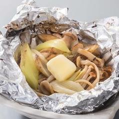 料理メニュー写真■葱きのこバターホイル焼き