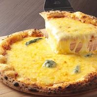 男女共に人気!チーズが美味しい♪クアトロフォルマッジ