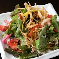 料理メニュー写真長崎ばり麺のサラだうどん